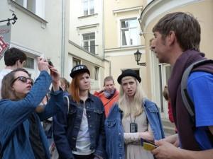 Vera aus der Schweiz und Marjolijn aus Belgien sind sauer
