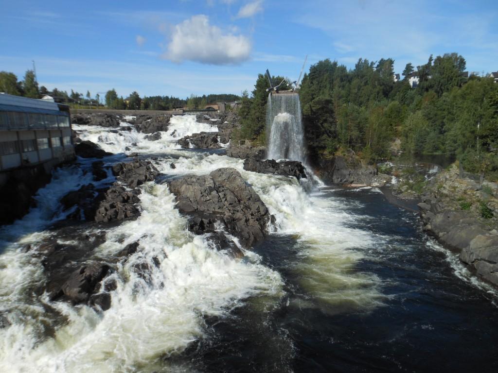 Hønefoss Wasserfall 005
